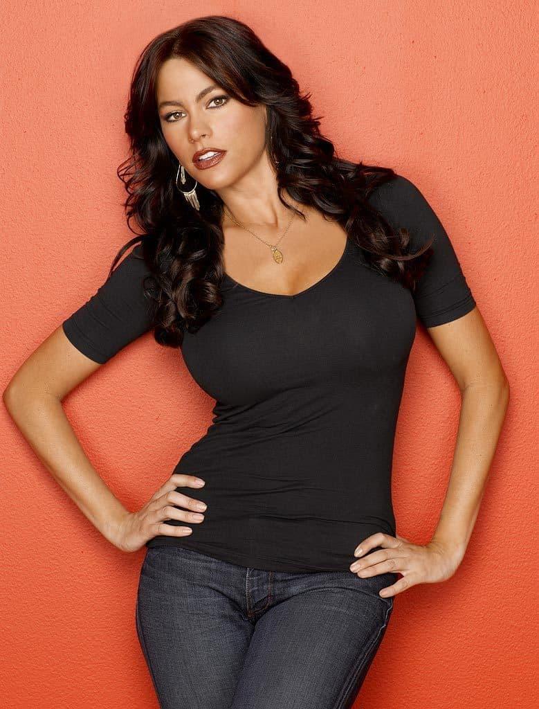 Curves Ahead: The Science of Female Waist-to-Hip Ratio and