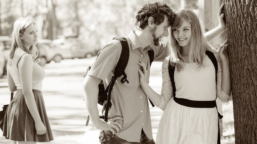 Red Flags On A First Date With A Girl – Do You Know What To Look For?