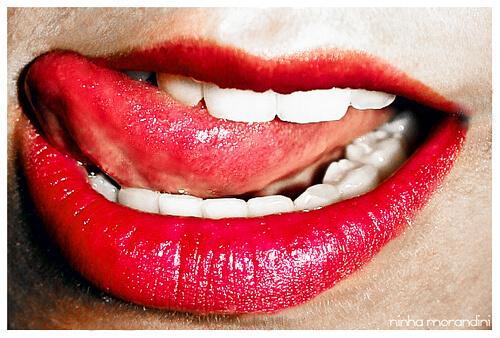 Dont lick lips kiss