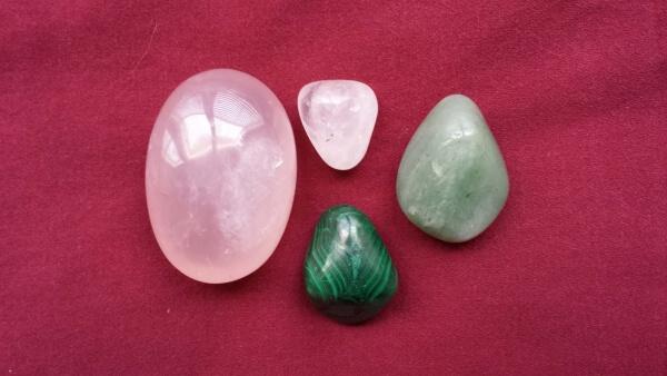 rose quartz, malachite, green aventurine